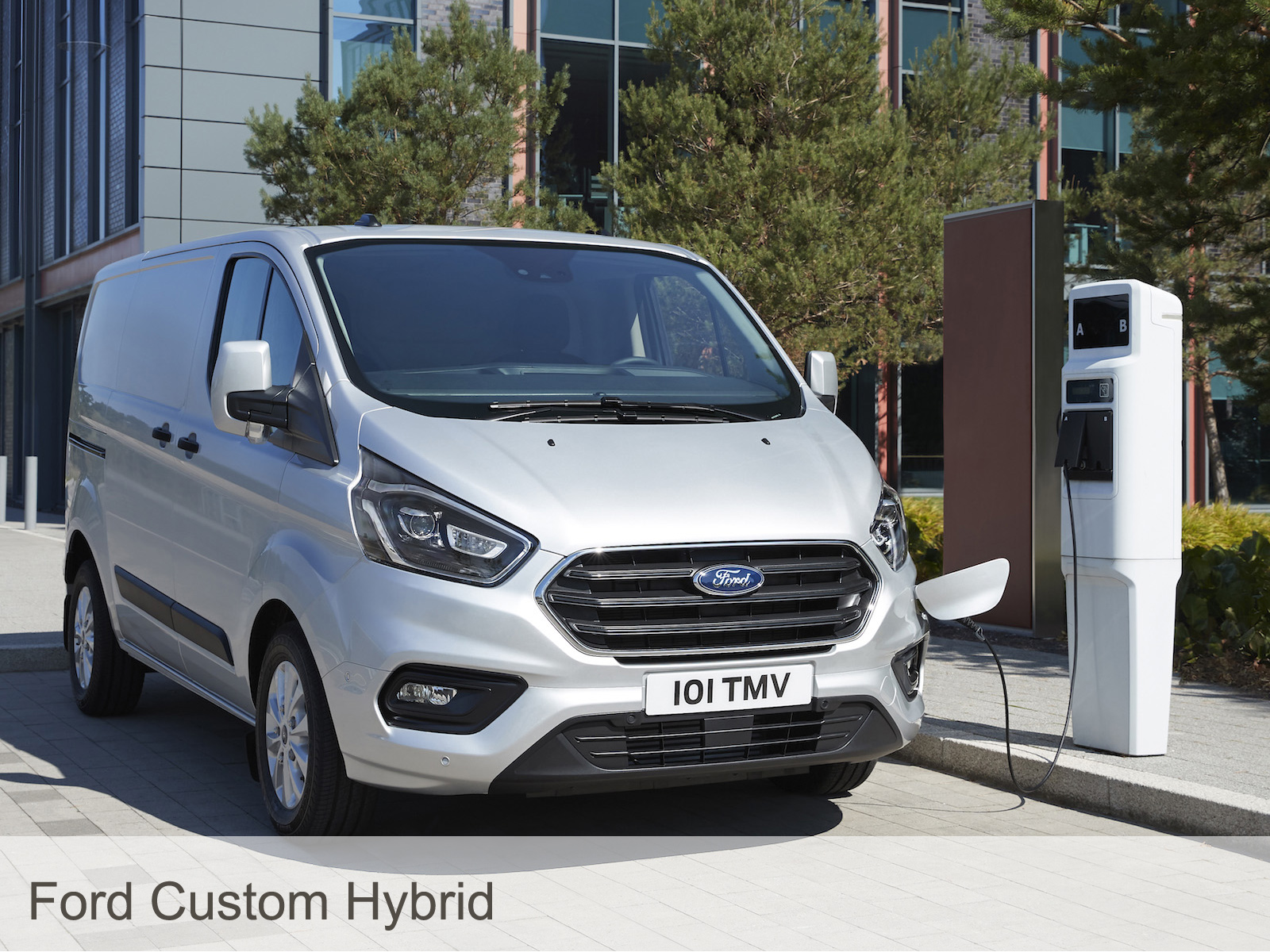 Ford-Custom-Hybrid