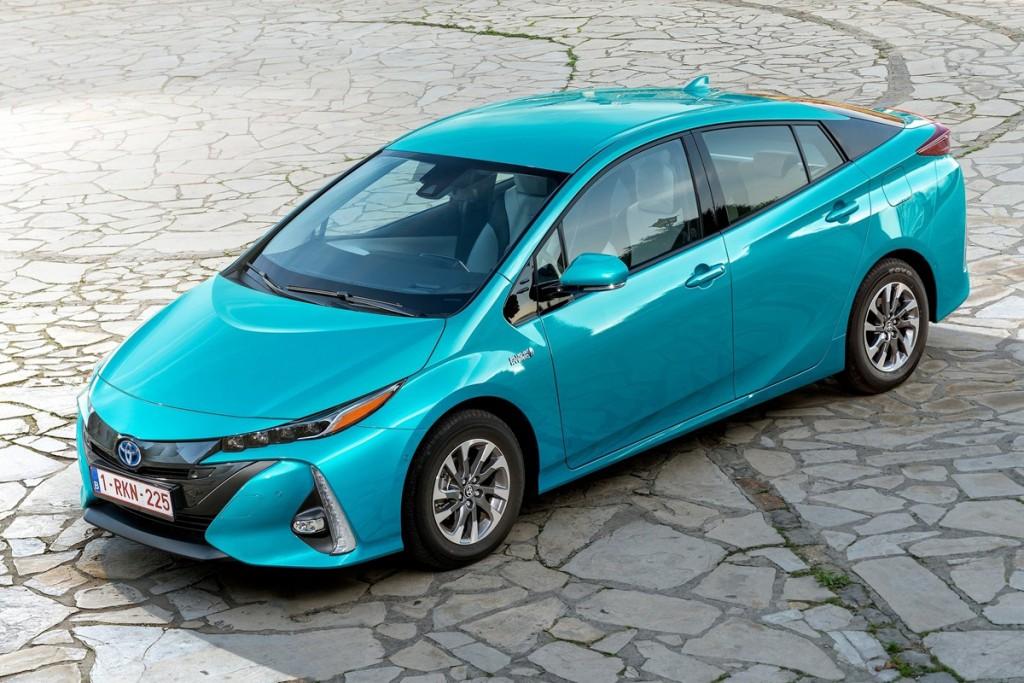 Toyota-Prius_Plug-in_Hybrid
