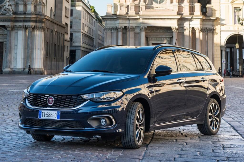 Fiat-Tipo_5-door-2017-1600-07