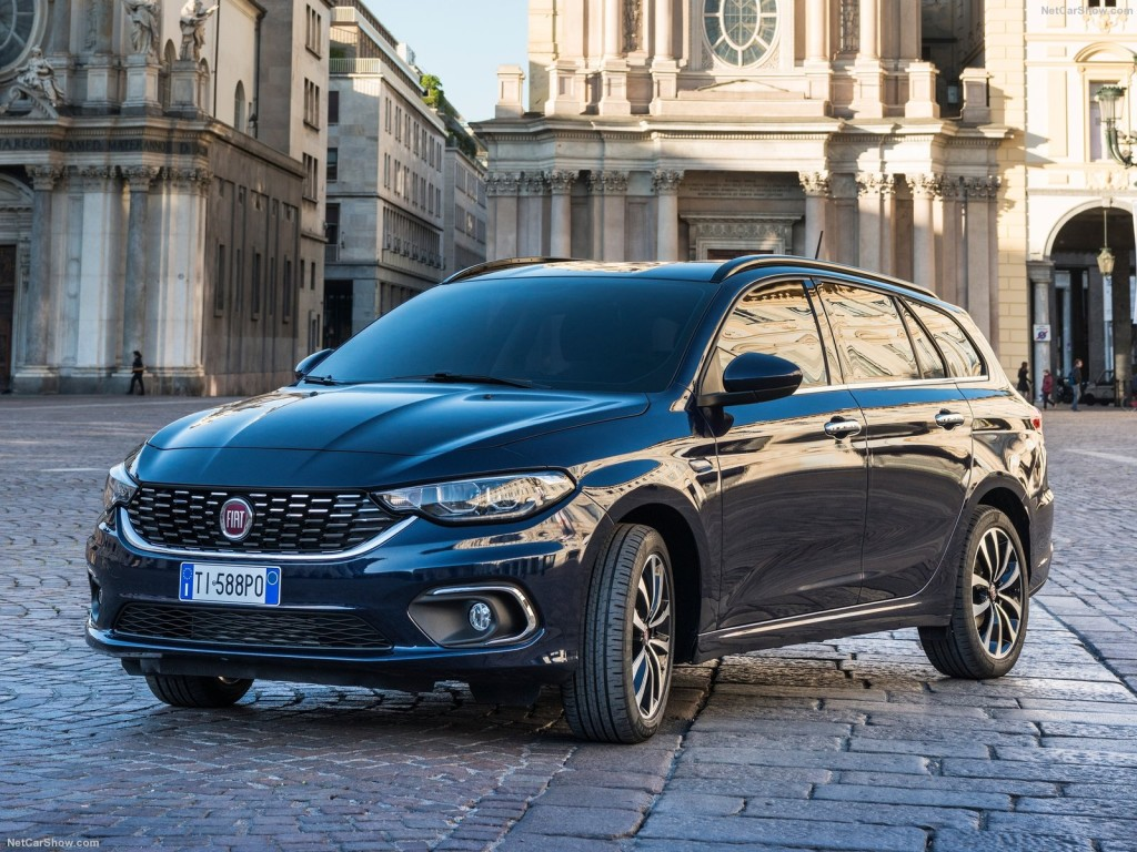 Fiat-Tipo_Station_Wagon-2017-1600-02