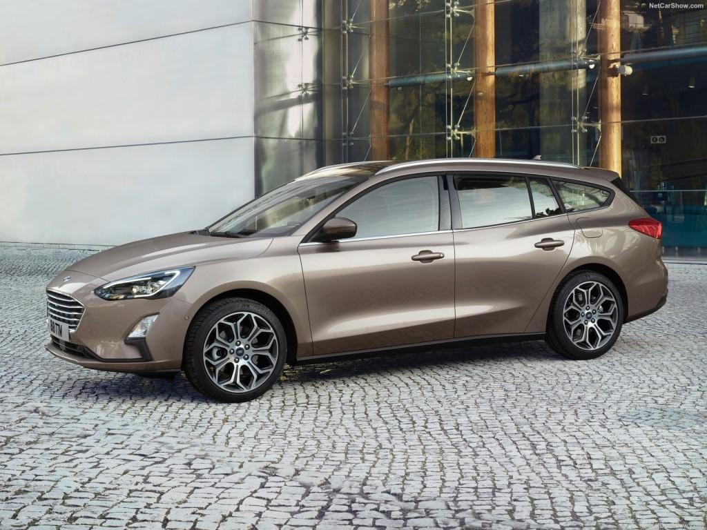 Ford-Focus_Wagon-2019-1600-01